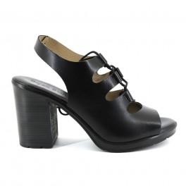 Sandalias de BRYAN modelo 600NAPA color negro