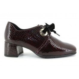 Zapatos con cordones de DCHICAS modelo 4671MISI color burdeos
