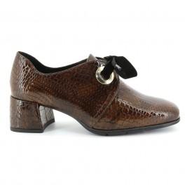 Zapatos con cordones de DCHICAS modelo 4671MISI color cuero