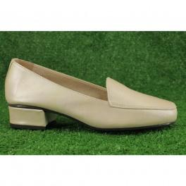 Zapatos de DCHICAS modelo 181 color beige