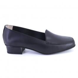 Zapatos de DCHICAS modelo 181 color negro